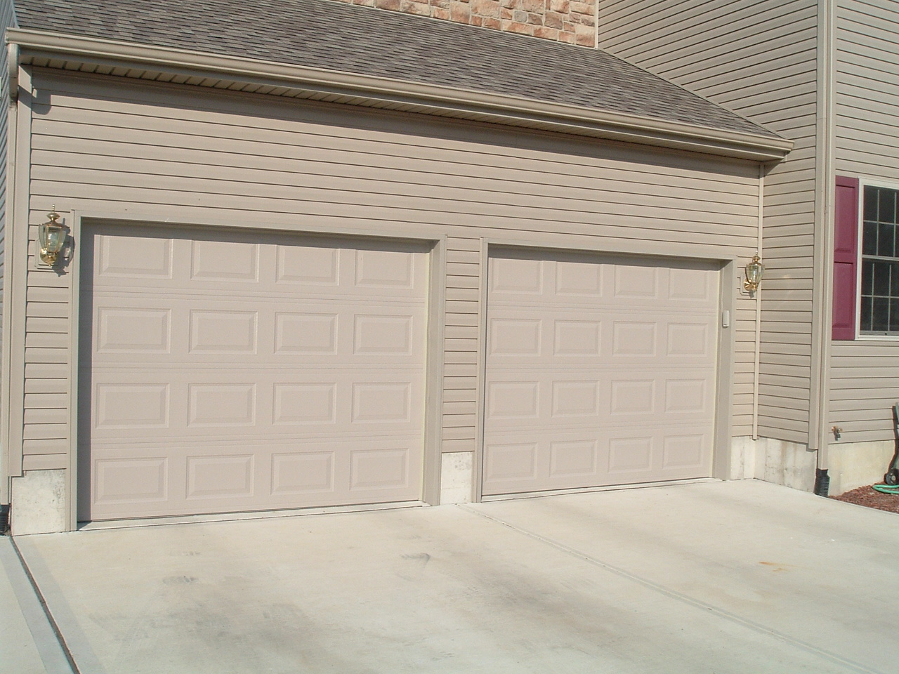 9x7 garage door aaa garage door garage doors 9 x 7 for Kitchen design 9x7